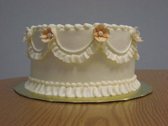 Ruffly Vintage Cake