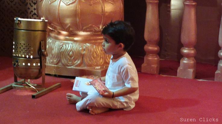 Little devotee in Ganesh Aarti