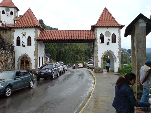 Entrada a la Colonia Tovar