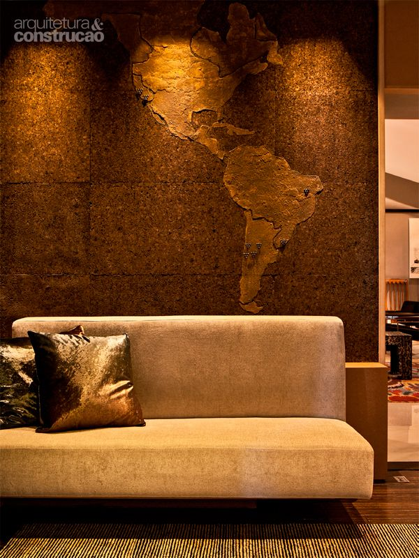 Rusticcork wall - cork with world map by Agnes Manso & Maria Alice Miglorancia