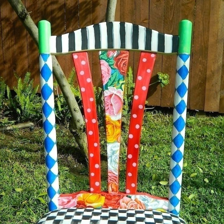 Alice In Wonderland Chair (From Thrift Store Find)   •  Free tutorial with pictures on how to make a chair in 4 steps