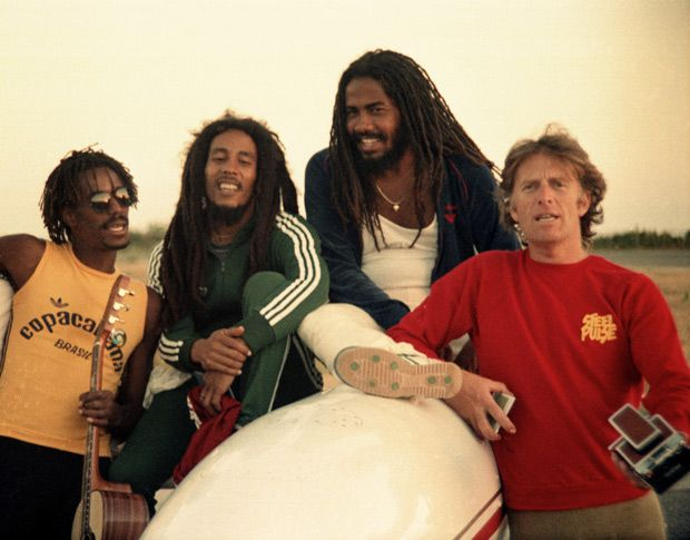 BOB MARLEY in Brazil with JUNIOR MARVIN, JACOB MILLER and Island Records founding Executive CHRIS BLACKWELL © Nathalie Delon