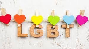 Extendieron jornada de protesta LGBT en la embajada rusa en México