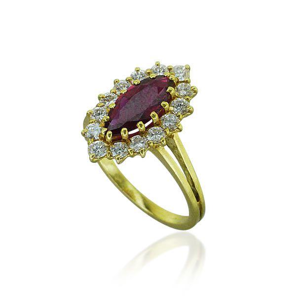 Schmuck diamanten  Die besten 20+ Rubin diamant ringe Ideen auf Pinterest | Rubinen ...