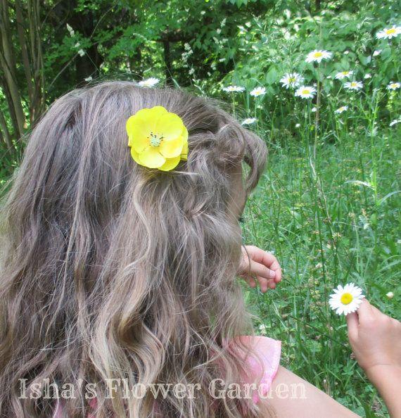 Realistische buttercup haar bloem gele haren bloem clip