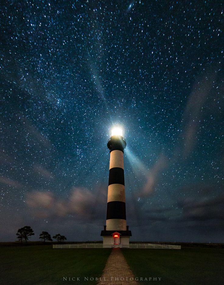 Faro Bodie bajo las estrellas - Carolina del Norte