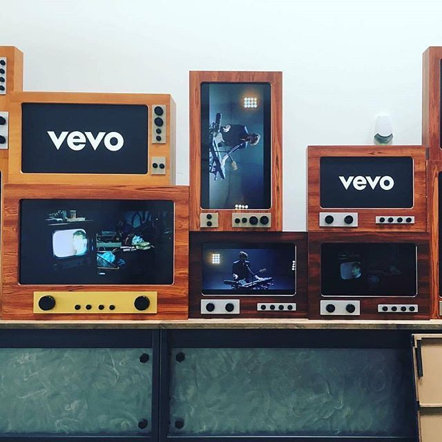 Reposting @offpricerecords: We're at the @vevo office today! Keep an eye out for exciting stuff in 2018. . . . . #offpricerecords #vevo #Nowplaying #hiphop #pop #music #musicvideo #livemusic #video #musically #musician #goodmusic #love #song #songs #event #nyc #Columbus #newmusic #event #instamusic #dance #party #partymusic #girls #genre #instagood #liveconcert #afrobeat