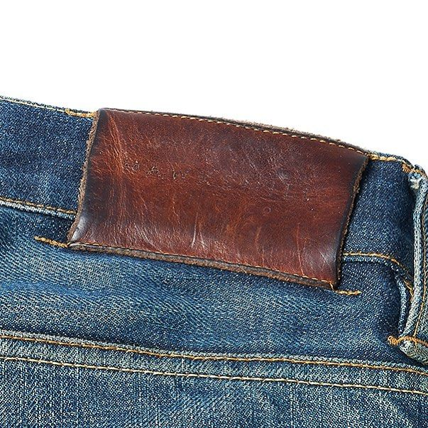 All our jeans have real vegetable tanned leather patches,which age as beautifully as our denim #selvedge #japanesedenim #rawdenim #hawksmilldenimco #menswear