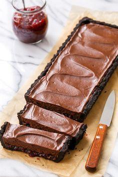 彼が喜ぶ♡オーブン要らずの絶品チョコレートレシピ8選 - Locari(ロカリ)