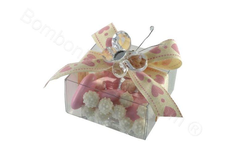 Scatolina pvc confezionata con farfalla in acrilico neutro confetti inclusi (CB)