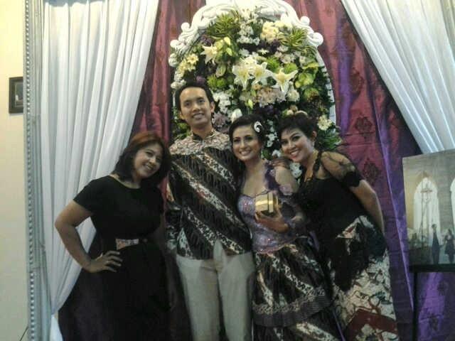 Rina n ari wedding