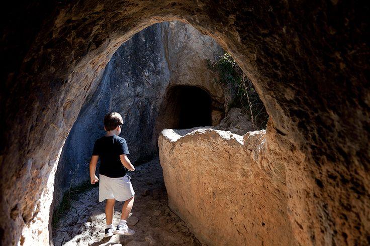 10 lugares cerca de Valencia para visitar en familia. Lugares mágicos que ofrecen un amplio y variado abanico de posibilidades.