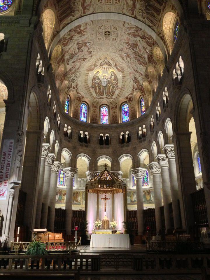 Basilique Sainte-Anne-de-Beaupré in La Côte-de-Beaupré, QC