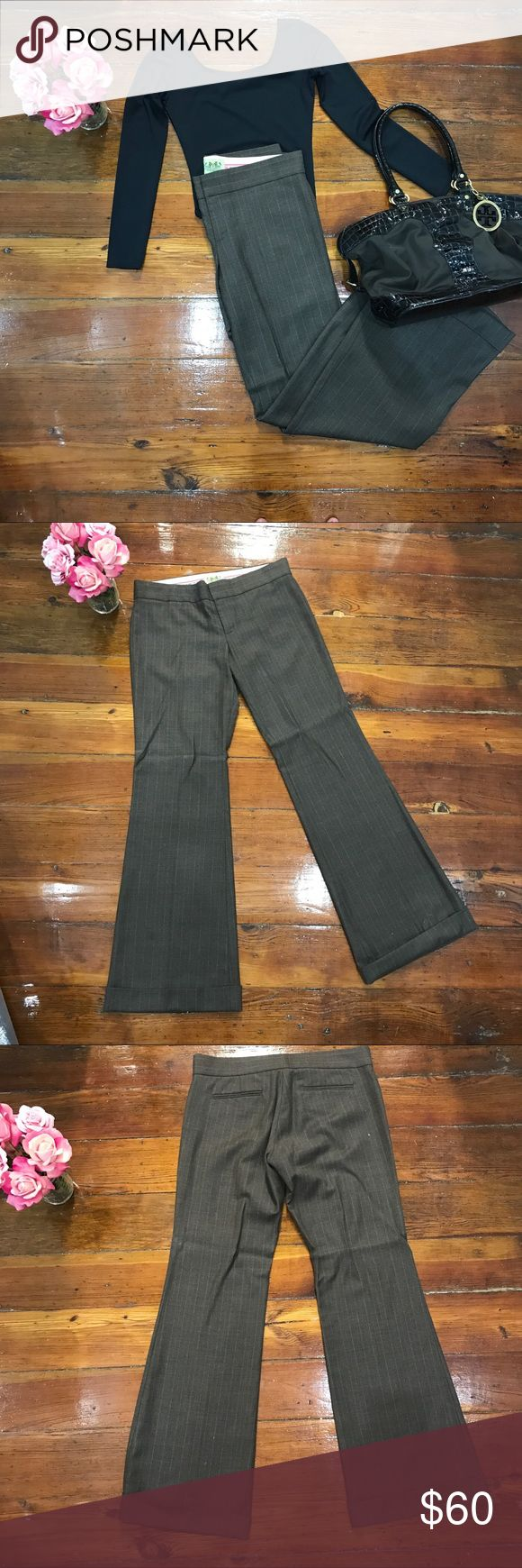 🌷Juicy Couture Slacks🌷 These are more brown than the picture shows. They also have a slight pinstripe to them. Fits great. I'm 5'11 and they hit the floor when I wear them. Pant rides on the hip. Juicy Couture Pants Trousers