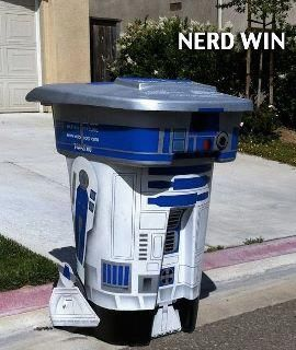 nerd trash can - excellent!Nerd, Weekend Projects, Stuff, Awesome, Funny, R2D2 Trash, Stars Wars, Geek Home, Starwars