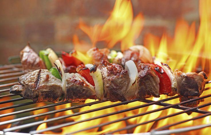 Pulire la #griglia o il #barbecue dopo una divertente cena con gli amici? Tranquillo ci pensa la soda caustica Ambro-Sol!  http://www.ambro-sol.it/prodotti/pulizia/soda-caustica-detail.html