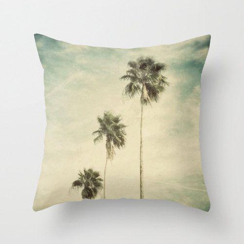WE WANT! California pillow..