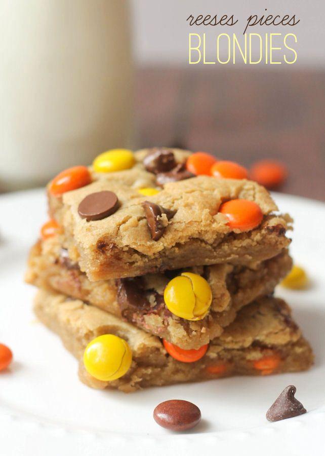 Soft and Chewy Reeses Pieces Blondies recipe on { lilluna.com } #recipe #dessert