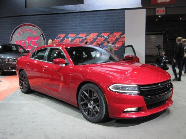 I'm In Love - 2015 Dodge Charger Debuts At 2014 New York Auto Show: Live Photos