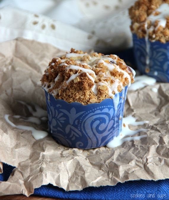 Gooey Cinnamon MuffinsRolls Muffins, Cinnamon Rolls, Food, Gooey Cinnamon, White Chocolate, Breads, Baking, Coffee Cake, Cinnamon Muffins