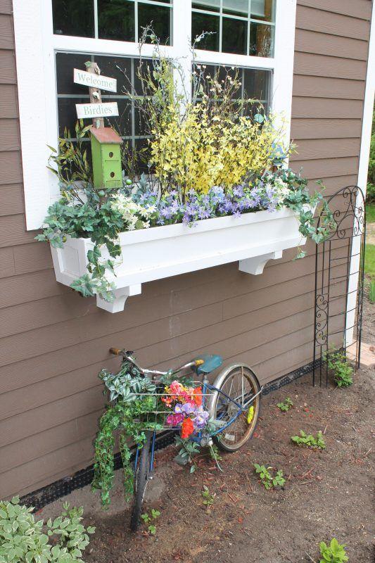 Fixer Upper DIY Window Box Planter_Remodelaholic Window