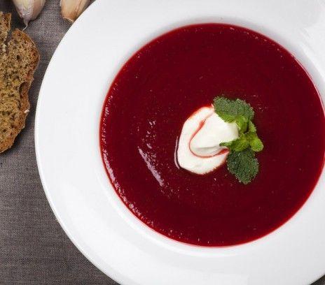 Barszcz ukraiński z soku z buraków i pomidorów - Przepisy - Maryla Musidłowska - Smaki Życia