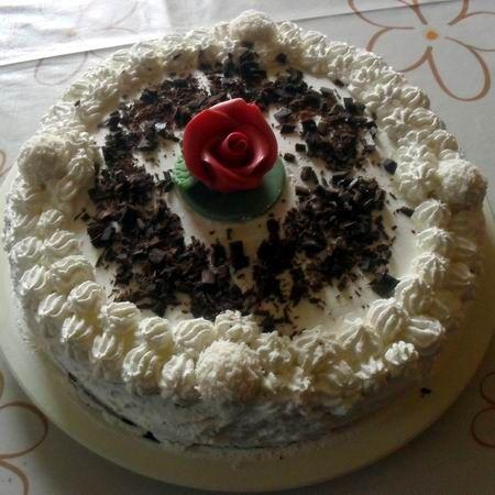 Egy finom Fehércsokis csokitorta II. ebédre vagy vacsorára? Fehércsokis csokitorta II. Receptek a Mindmegette.hu Recept gyűjteményében!