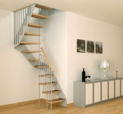 Scala a chiocciola quadrata / con gradini in legno / con cosciali laterali LERICI MINI F1 Scale nilur