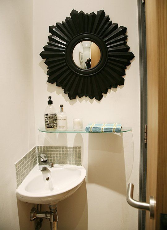My Small Home: Claire's Small Space Solutions   mulig hjørnevask?
