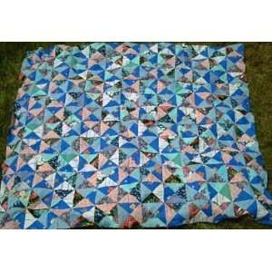126979958_amazoncom-broken-dishes-quilt-top-in-blues-home-kitchen.jpg (300×300)
