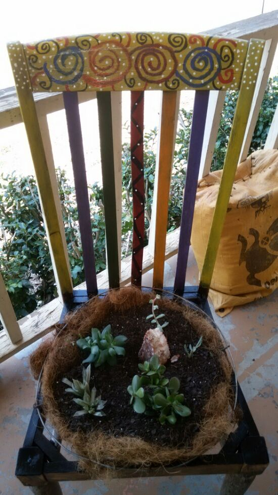 DIY Eclectic Chair Planter