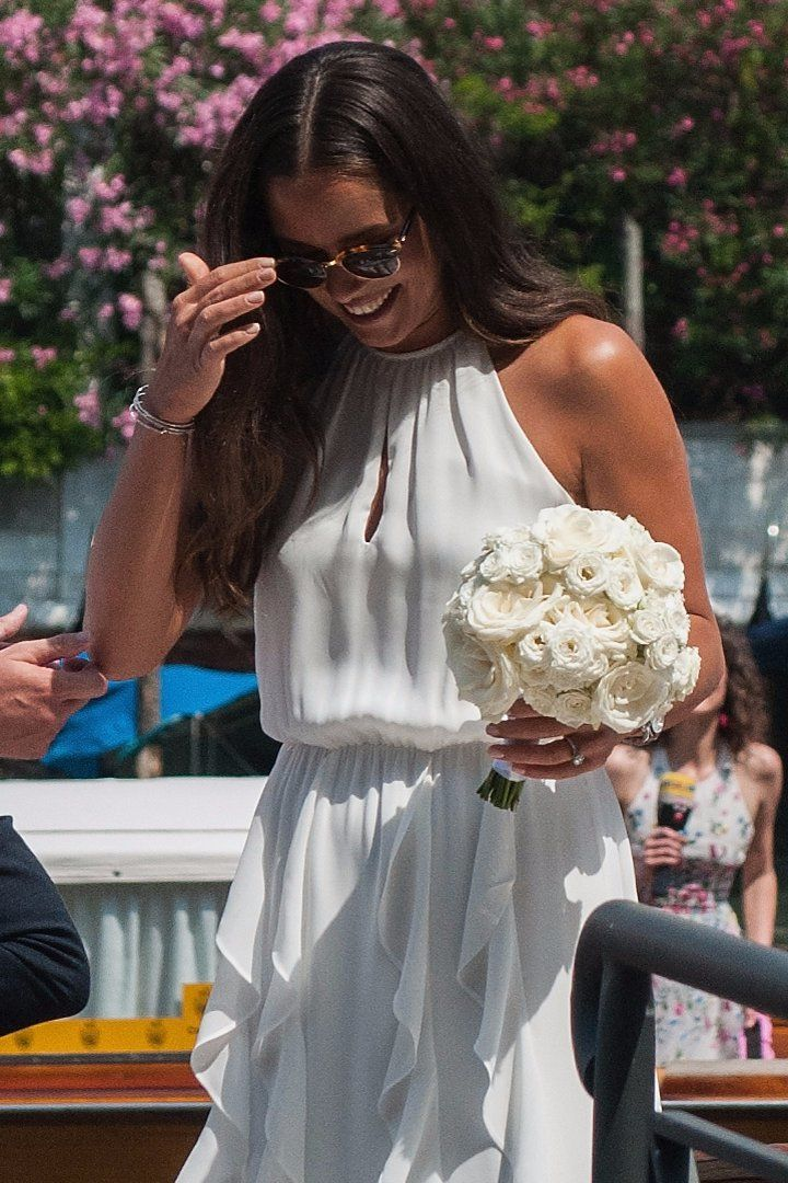 Pin for Later: Ihr werdet nicht glauben woher Ana Ivanović's Hochzeitskleid ist