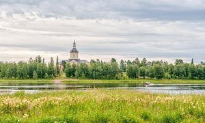 Another country: the Tornio river follows the border between Sweden and Finland.