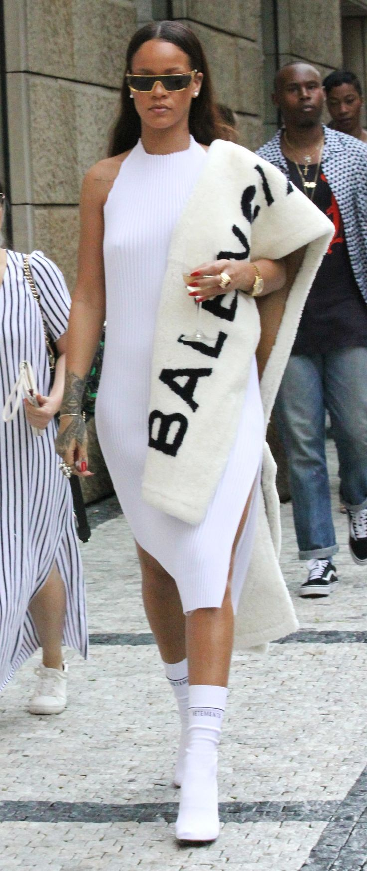 Rihanna Wears Summer Fur Continues to Break Rules and Steal Hearts http://ift.tt/2a0sUht #Vogue #Fashion