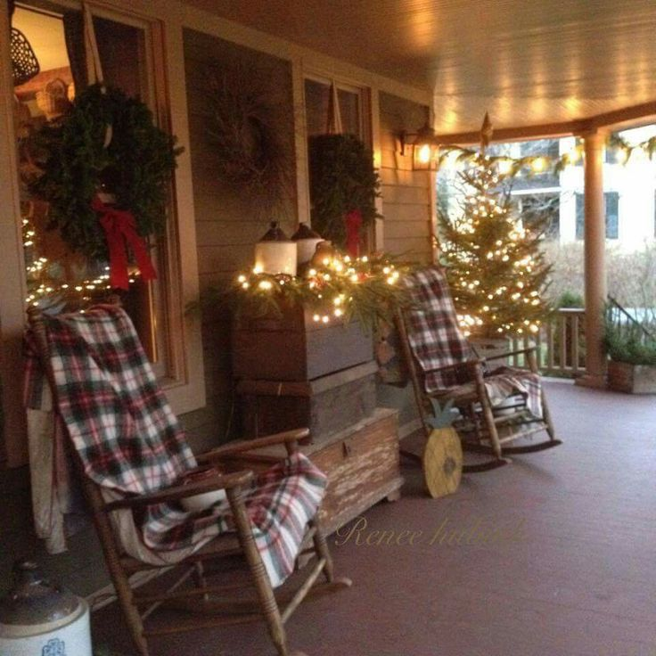 Beautifully decorated Christmas porch.