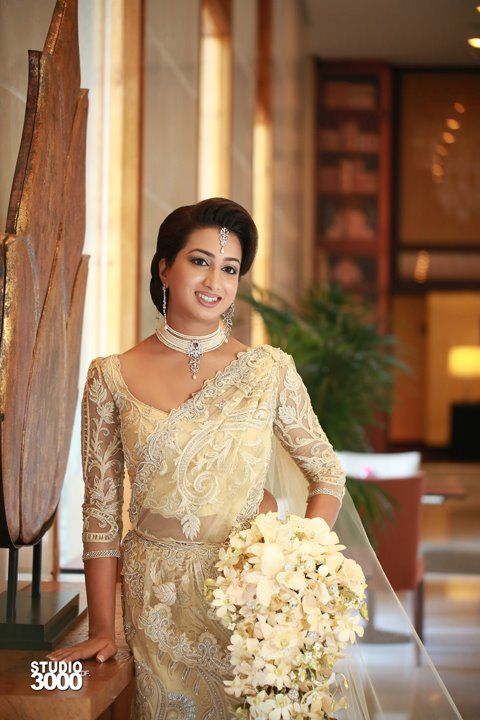 47 best images about sri lanka kandian brides on pinterest for Wedding party dresses in sri lanka