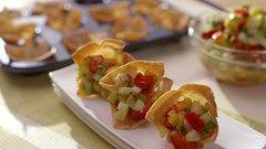 Canapés croustillants à la salsa de mangue