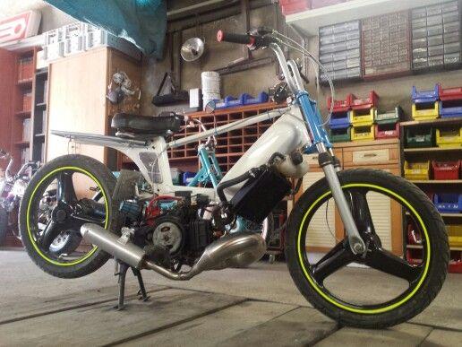 Peugeot fox 103 france vaucluse 84 scooters pinterest for Garage peugeot saint quentin