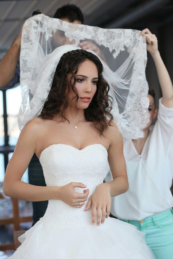 #bride #bridal #bridalmakeup #bridalhair #gelinmakyaji #gelinsaci #wedding #gelinfotograflari #naturalmakeup #makeupartist #makyaj #makeupguru