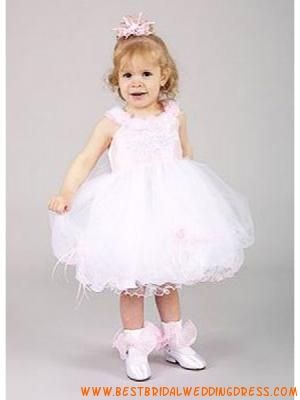 1000  images about pretty flower girl dresses on Pinterest  Satin ...