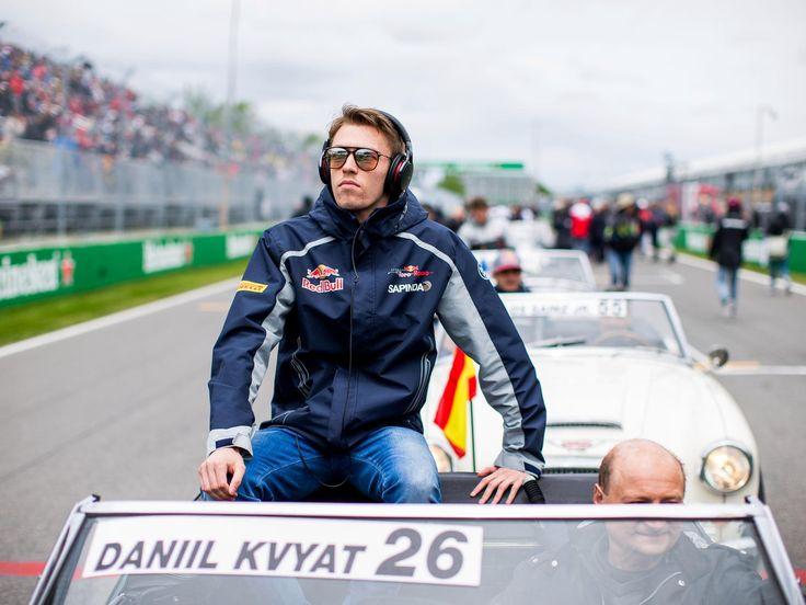 Daniil Kvyat, Carlos Sainz, track action, garage, team, pitlane... enjoy the best shots from our Formula 1 2016 Canadian Grand Prix. Full Gallery on win.gs/28wuexV. Wallpaper download section on win.gs/1ZYW0NS. #F1 #tororosso #kvyat #sainz #redbull #CanadianGP