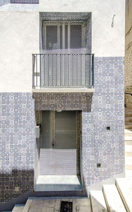 Tile of Spain Award honorable mention: El Enroque House, by Ángel Luis Rocamora.
