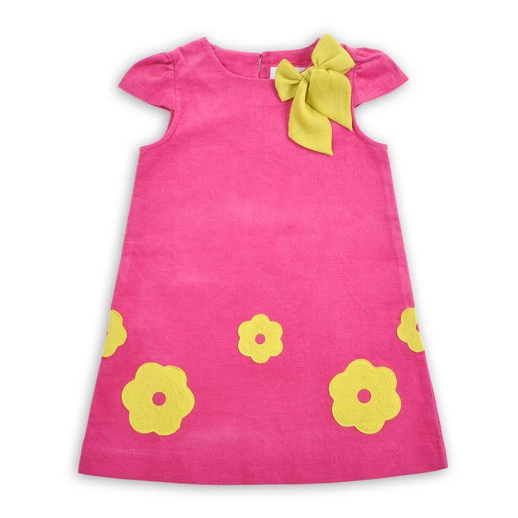 Los contrastes con tonos de moda y un corte inspirado en los años 80´s . Este vestido para Niña esta disponible ya para tu #LookEPk.  Del grupo #SkyTree.  Ingresa aquí ==> http://goo.gl/QMpUcI