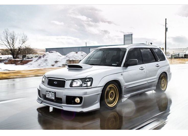 "Gorgeous forester - @_harmon_jordan photo by @roadandrubber - #unique_subies - Follow @subiestatic - Check out www.downwindcustoms.com for rear spats, side skirt extensions and more! Use discount code ""UNIQUE"" @downwindcustoms"