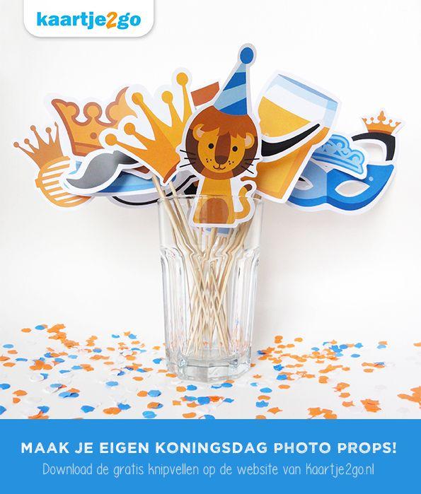 Maak je eigen Koningsdag photo props! Download de gratis knipvellen via https://www.kaartje2go.nl/koningsdag-2015  #Koningsdag #DIY #kids #fotofun #photoprops #freebie #printable #papercraft #knutselen #Kaartje2go