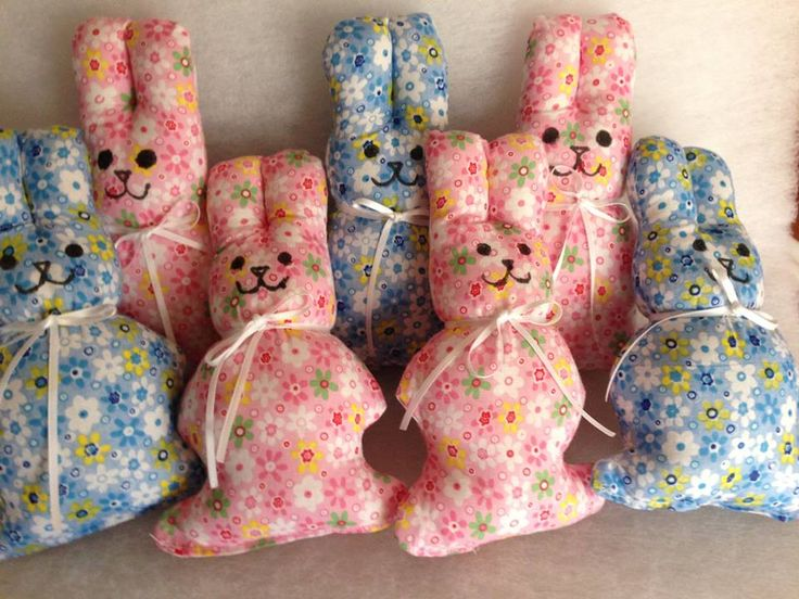 Squishy bunnies ready to listen to troubles - how adorable are these bunnies?!