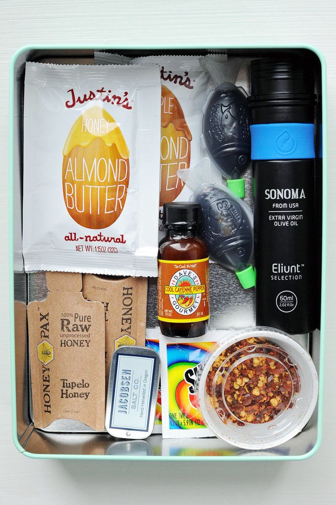 While brown-bag lunches can be sad, they don't have to be that way. Armed with some solid recipes and these clever tips, you'll be the envy of your office mates come mealtime.