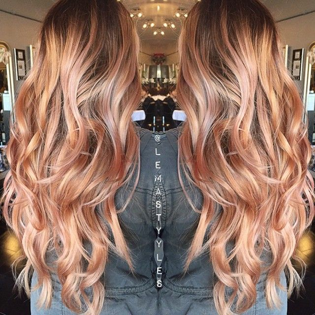 Curls and highlights - Visit www.pinterest.com/rawritzmavesa/hairstyles/ for more amazing hairstyles and tutorials! :D