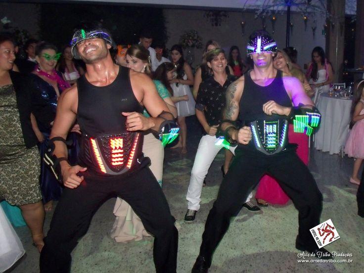 Nossos ANIMADORES DE PISTA agitaram mais uma FESTA DE DEBUTANTE incrível! 15 ANOS só se faz uma vez! Uma proposta diferente para uma festa inesquecível!  #festadedebutante #debutante #15anos #atracoesparafesta #animacaodefesta #animadoresdefesta #animacaodepista #pistadedanca #danca #dancer #festa #dancarinosparaeventos #animadoresdepista #atracoesparafestadedebutante #cerimonial #quinceanera #hollywood #quinzeanos #15anostematico #festatematica #debuteen #festateen #assessoriadeeventos…