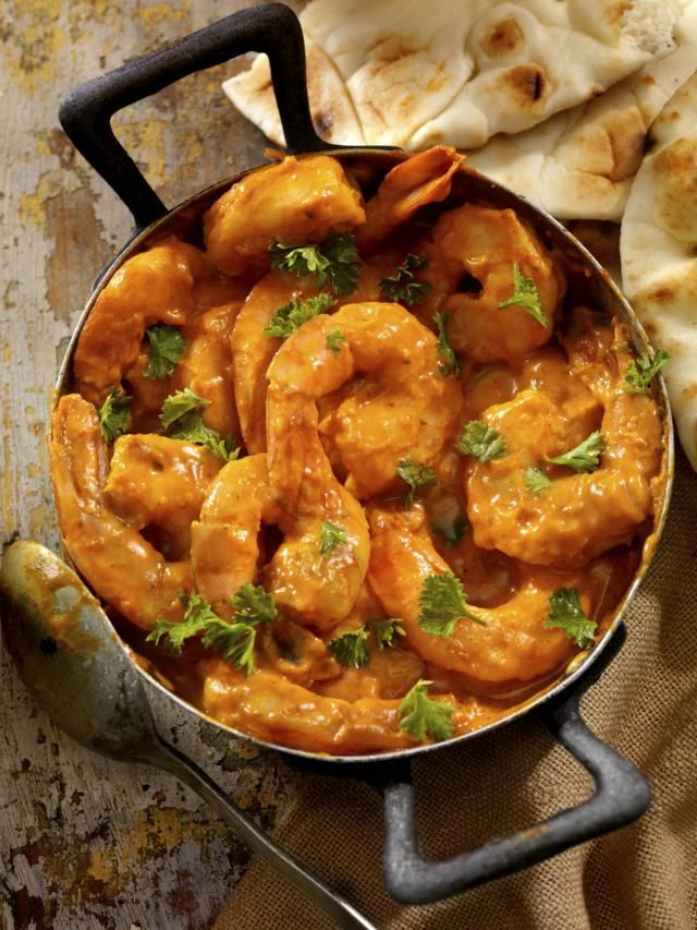 This creamy prawn curry is a north Indian delicacy. Eat it with Jeera Rice.